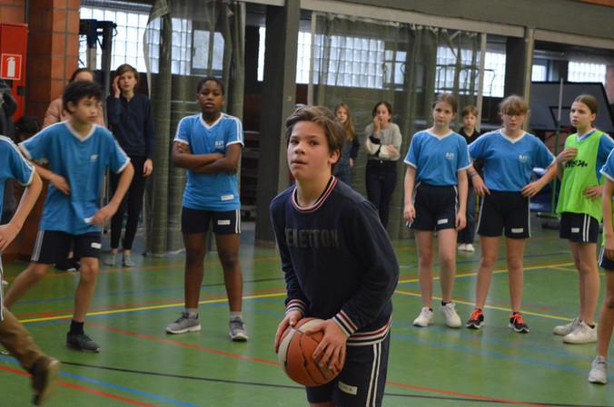 Finale klassencompetitie basketbal 1ste jaar.