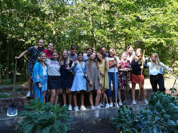 Merlijn picknick en moestuin