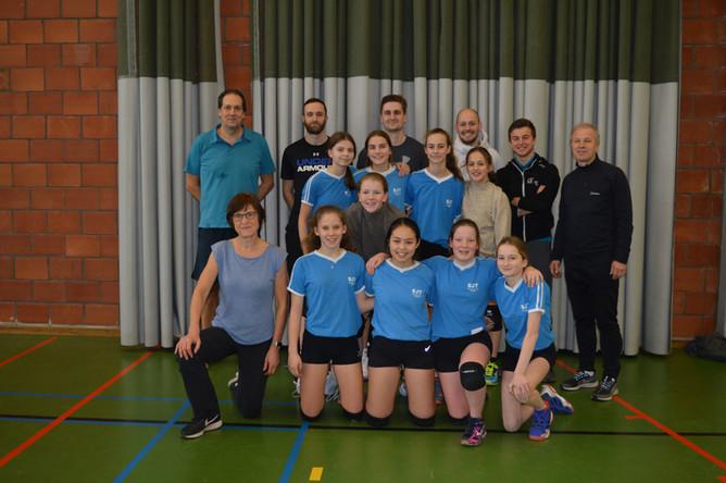 Volleybalwedstrijd leerlingen-leerkrachten