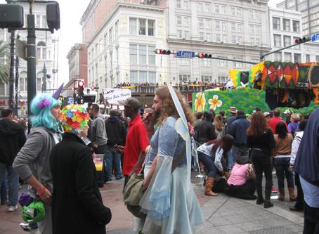 Robin and Mary's Not-So-Excellent Mardi Gras Adventure (Featuring Pink Feathers, Perdition and One S