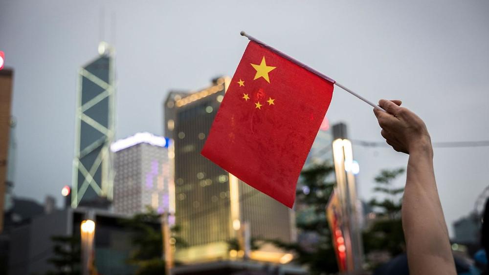 China minimiza los aranceles de Trump; se prepara ante la 'turbulencia económica'