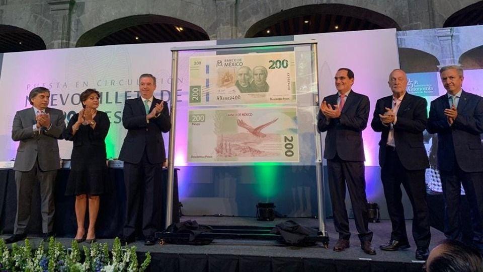 Banxico presenta nuevo billete de 200 pesos con Hidalgo y Morelos