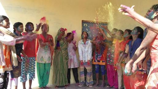 Holi celebration | ParasIndia