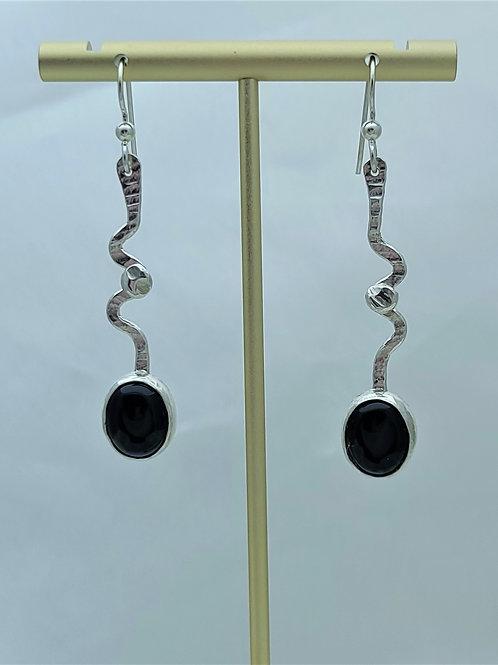 Fine Silver Onyx Stem Earring