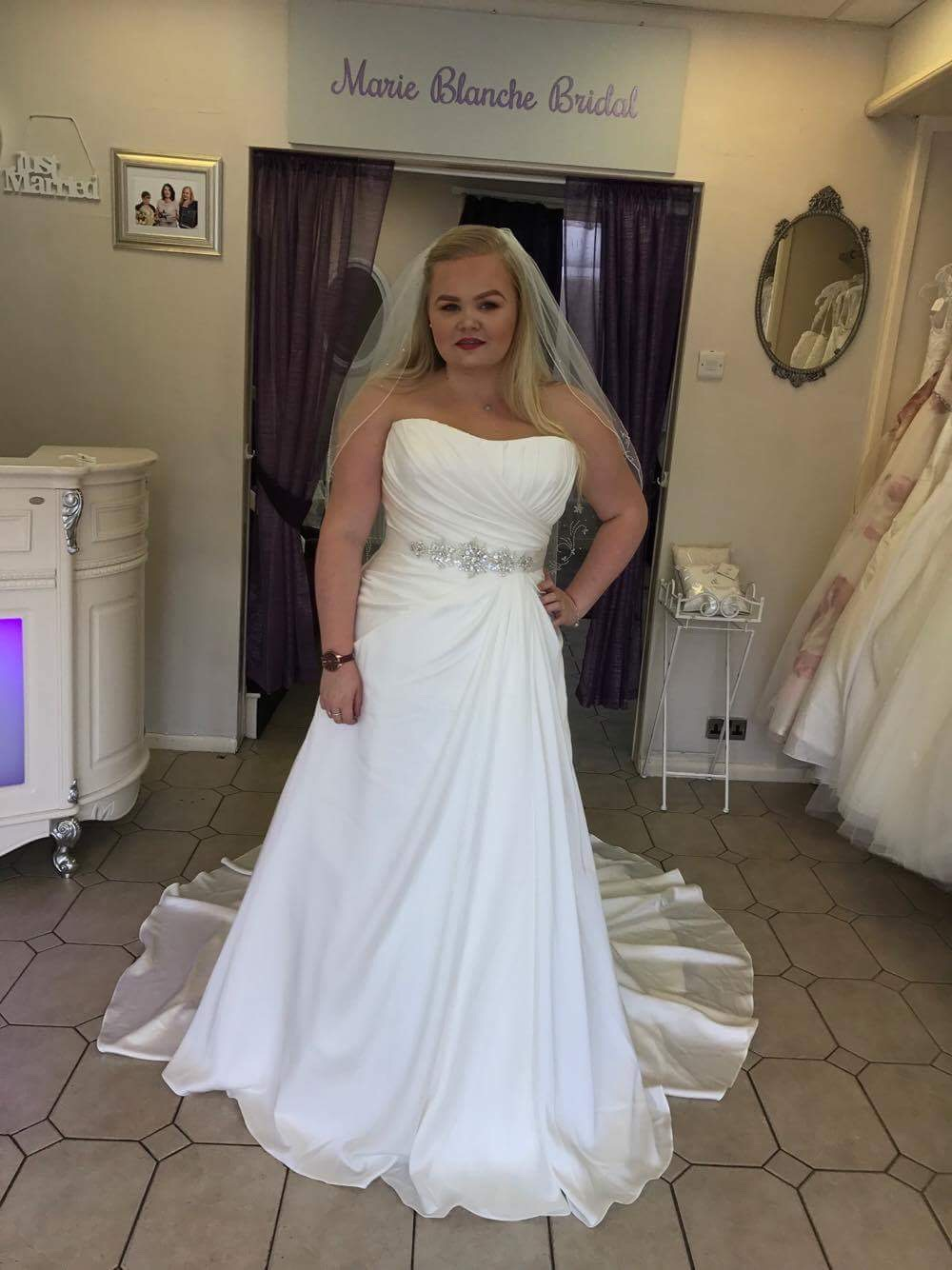 Wedding dress shop Barnsley plus size bridal dresses South Yorkshire\