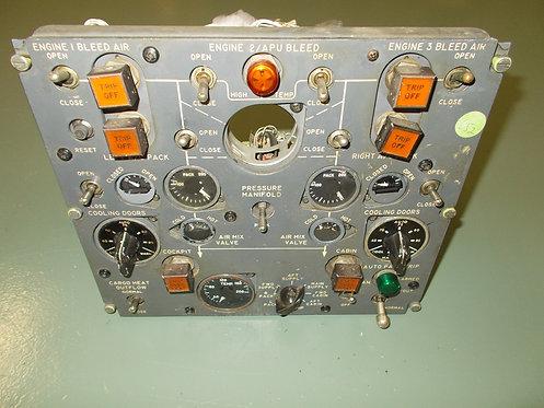 727-200 Advanced Pneumatics Panel