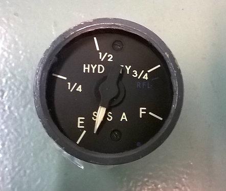 737 cockpit instruments