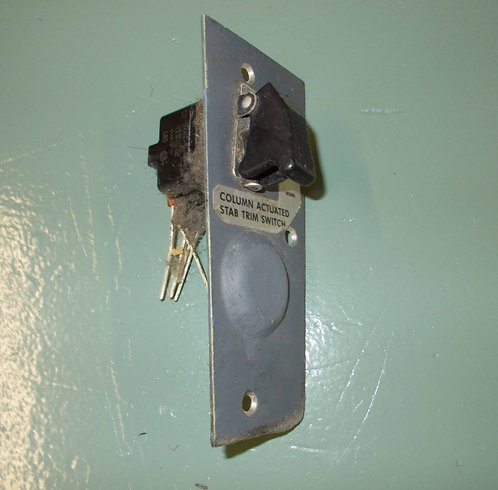 737 Stabilizer Trim Cutout Switch