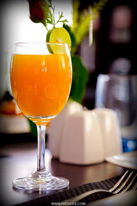 FRESH JUICE & SOFT DRINKS