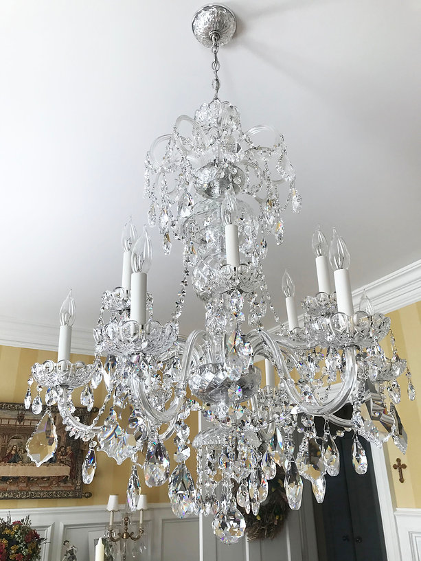 dining room_chandelier.jpg