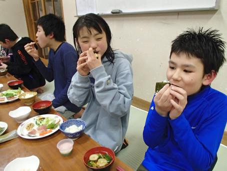 ひな祭り・手巻き寿司大会