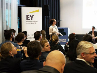 Lyss keynotes about the opportunity in sustainable business