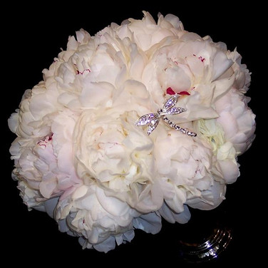 peony bouquet with dragonfly pin