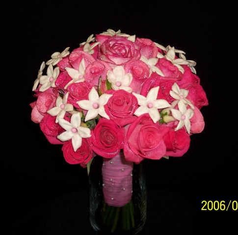 rose and stephanotis bouquet
