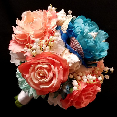 nautical bouquet in shades of turquoise and coral