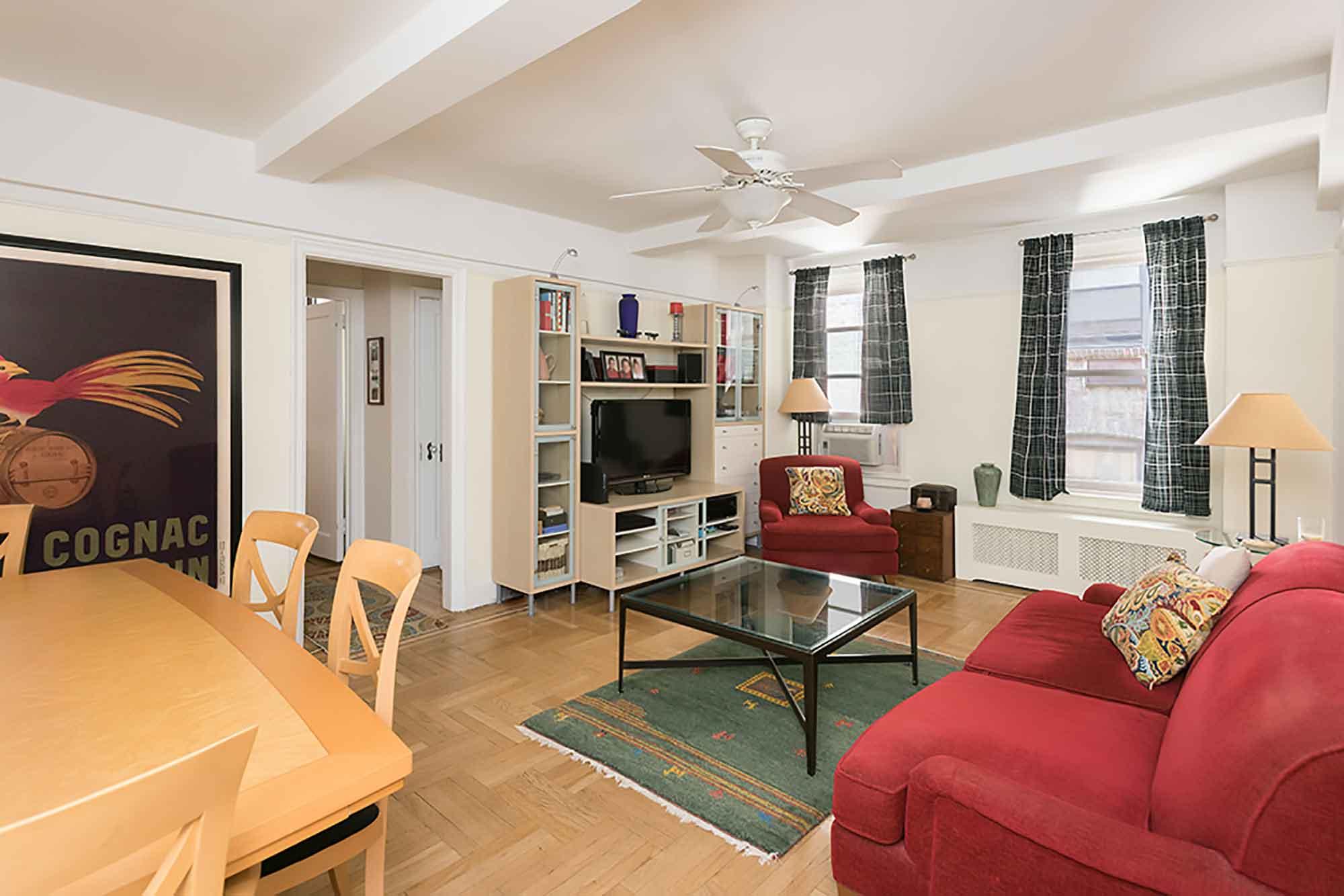 410-CPW-2E_livingroom