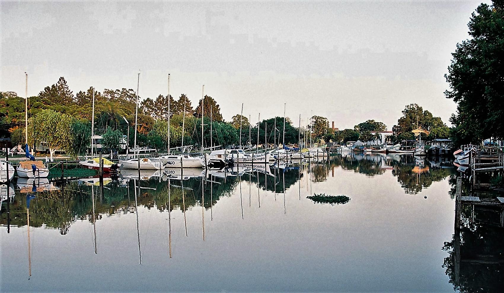 Barcos e Escunas