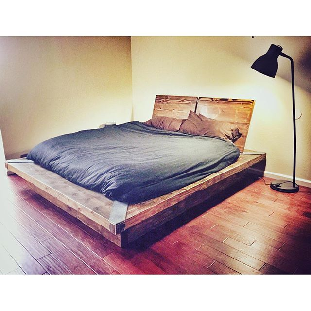 #Statuswood #interiordesign #bed #bedroom #bedroomdecor #reclaimedwoodfurniture #rusticdesign #decor
