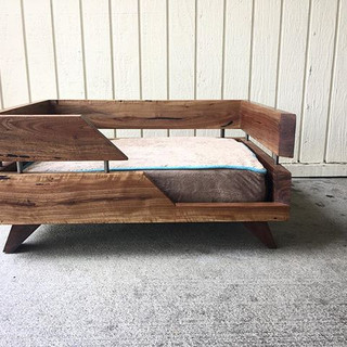 Walnut dog bed  #statuswood #petfurnitur