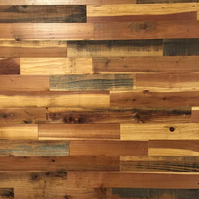 #Statuswood #reclaimedwooddesign #redwood #rusticdecor #interiordesign #modernrustic #modernfurnitur
