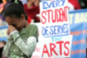 dn30-teacher_protest1hg-1gsrvy8.jpg