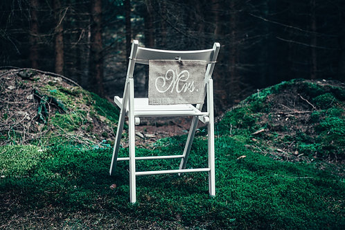 Cedulky na židle Mr. a Mrs. jutové