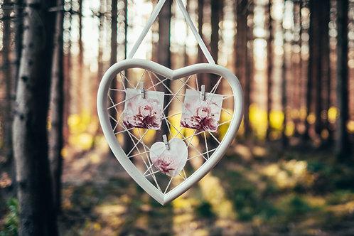 Nástěnka bílé srdce