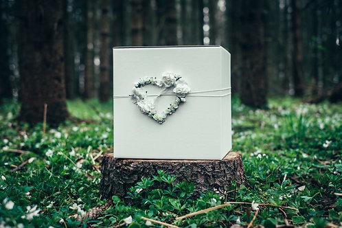 Box na přání bílý se srdcem