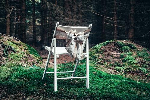 Jutová mašle s krajkou na židle