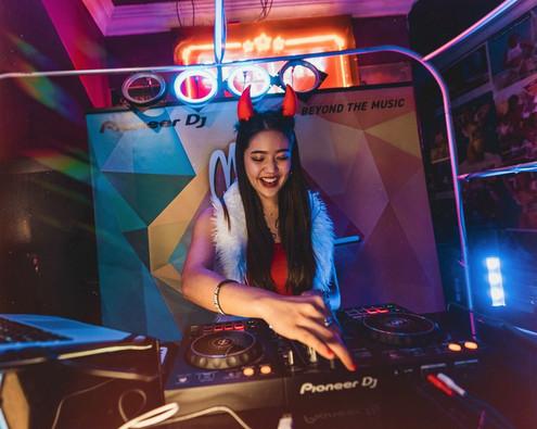 Mix Us Happy DJ Competition, Pioneer DJ