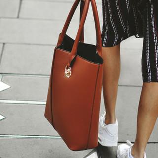 La bolsa roja