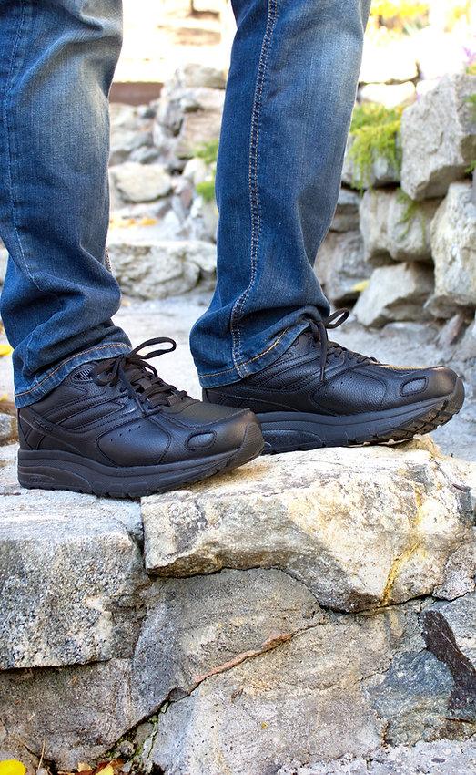 Mens Leather Ultra Lifestyle 2.jpg