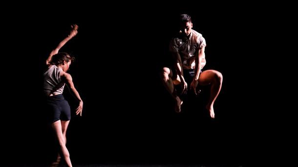 choreograpy hilal sibel pekel sound design sair sinan kestelli  light design utku kara costume design gülgün yuva pekel photo murat dürüm