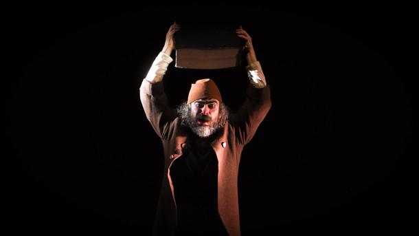 author volkan çıkıntoğlu  directed güray dinçol assistant director cansu arslan saran costume design ülkü şahin light design utku kara stage design utku kara güray dinçol photo tara demircioğlu