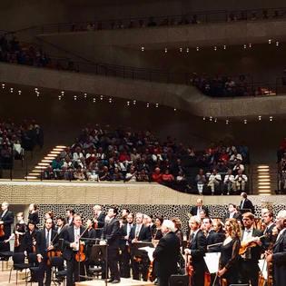Elbphilharmonie debut with Hamburg Symphoniker