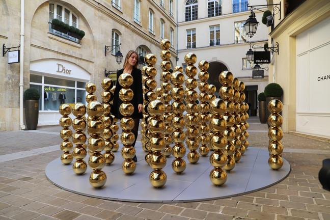 """""""219 Spheres"""" is exhibited at """"Village Royal"""" in Paris."""