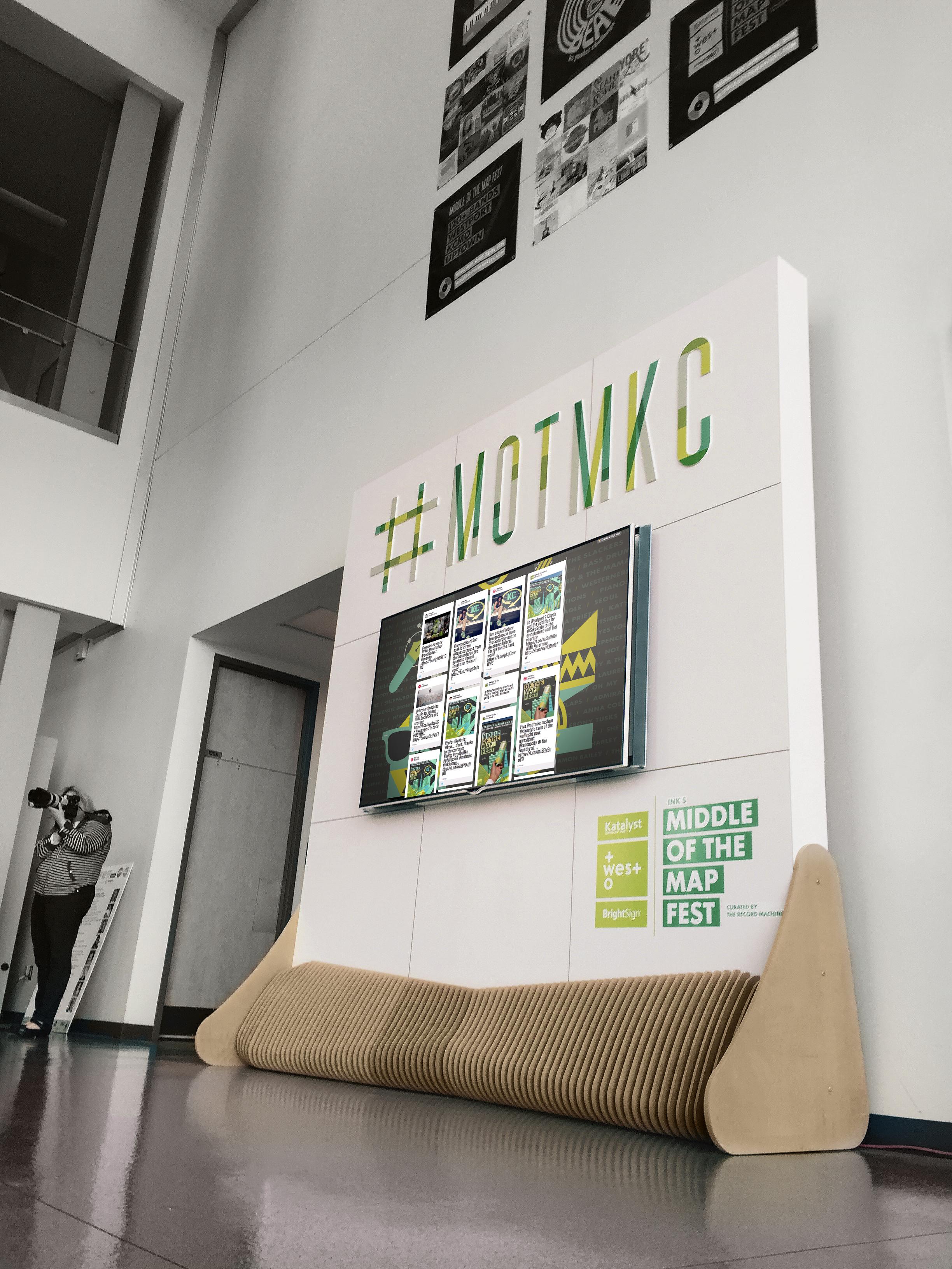 Display - Social Feed wall