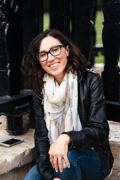 Helene, stationery designer and calligrapher, owner of Smitten with Ink