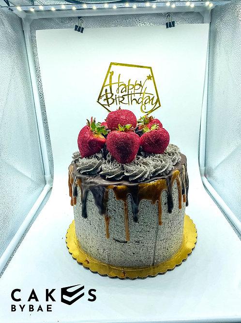 Devil Food Chocolate Cake w/ Oreo Cheesecake Inside