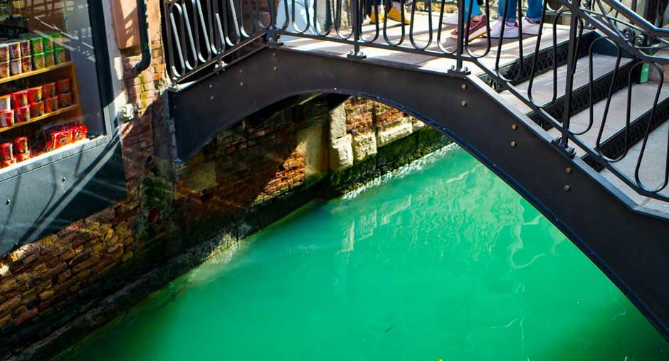 Bridges in Venice 2