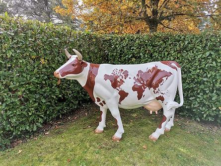 Vache du monde Coppet.jpg