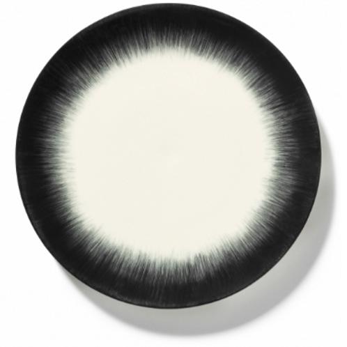 Assiette porcelaine de Ann Demeulemeester pour Serax