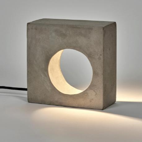 Lampe de table en béton brut Serax