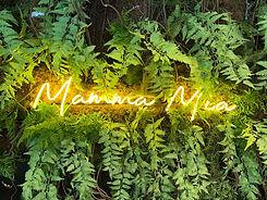 Devanture Mamma Mia.jpg