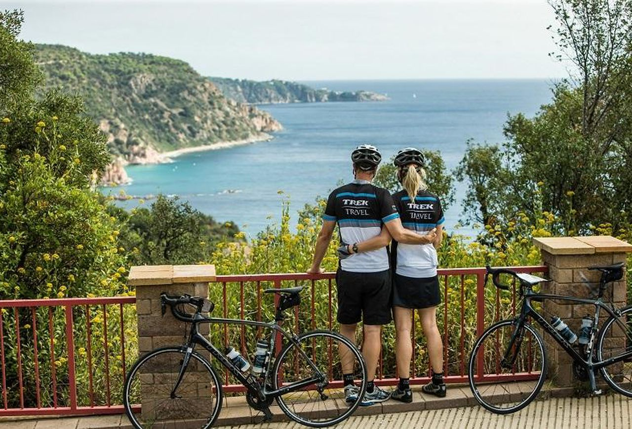 Normandy cycling & cycle tours