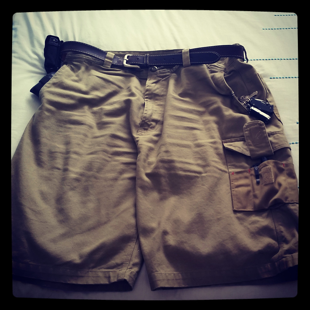 Hard Yakka Cargo Shorts...