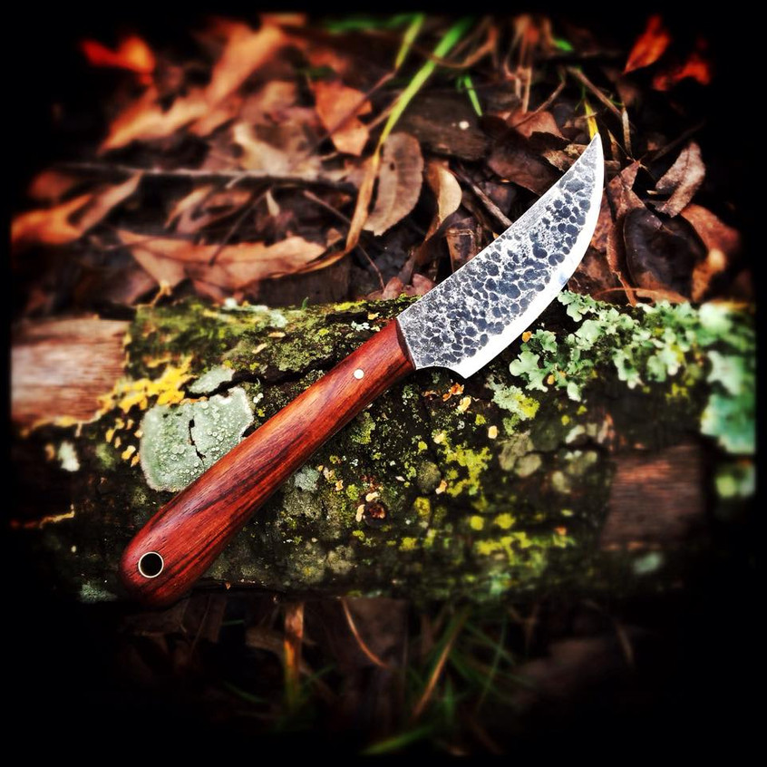 Hammer finished small blade