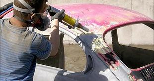 carrosserie de voiture décapée par la societe decap materiaux decapage sarthe