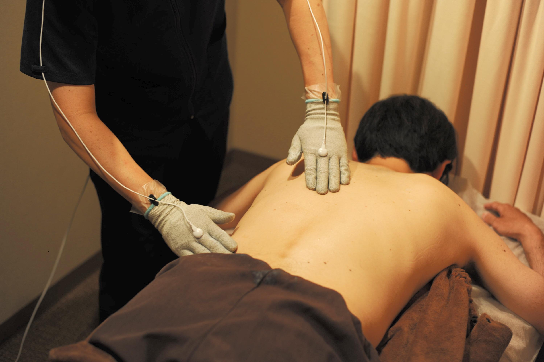 EMS あい治療院 ラクリス 腰の痛み