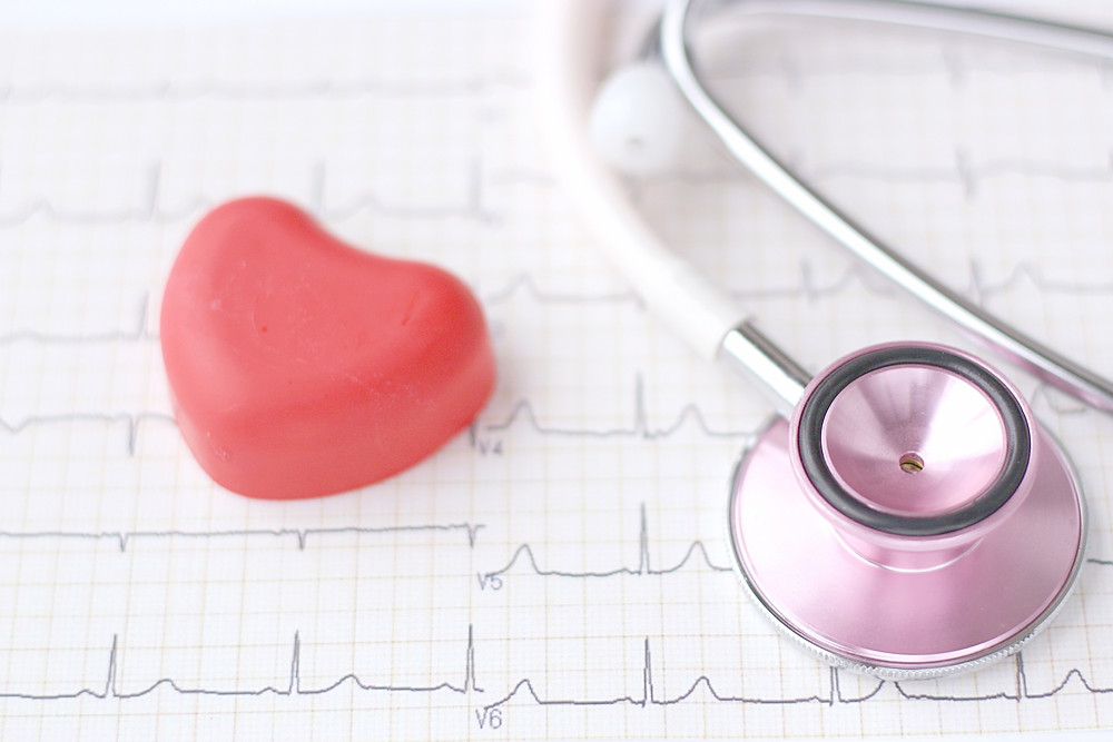 心電図 聴診器 心臓